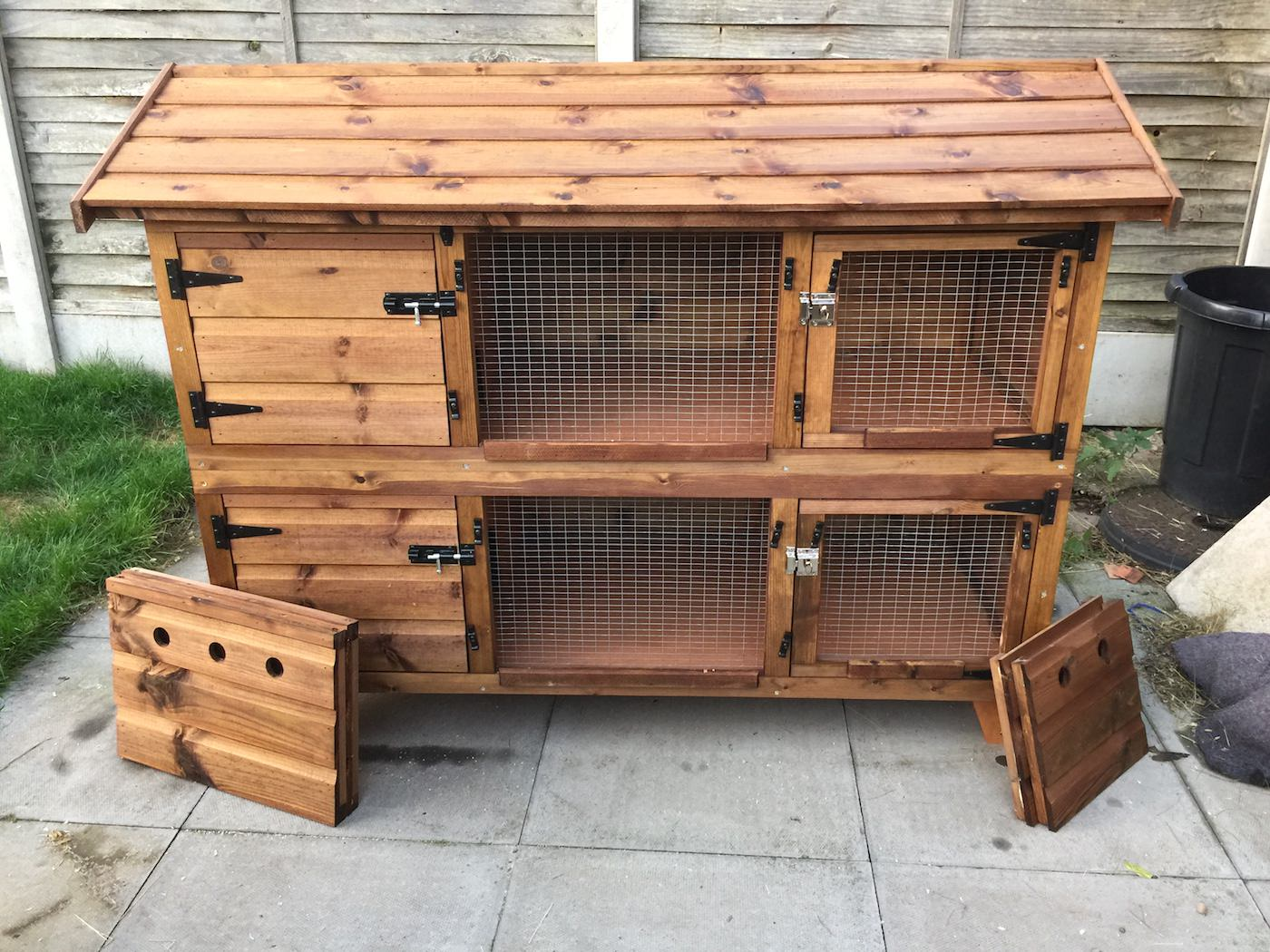20ft British Giant Large Double Rabbit Hutch + Wire Doors + Complete Winter  Protection